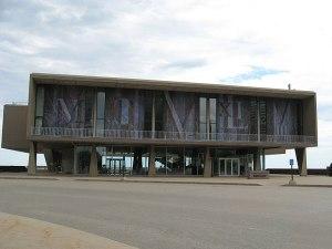 Milwaukee County War Memorial